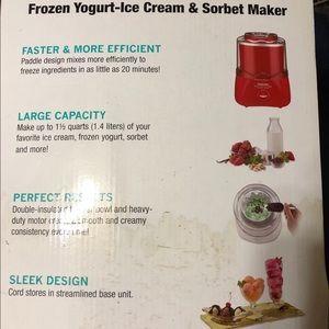 Cuisinart frozen yogurt, Ice cream & sorbet maker